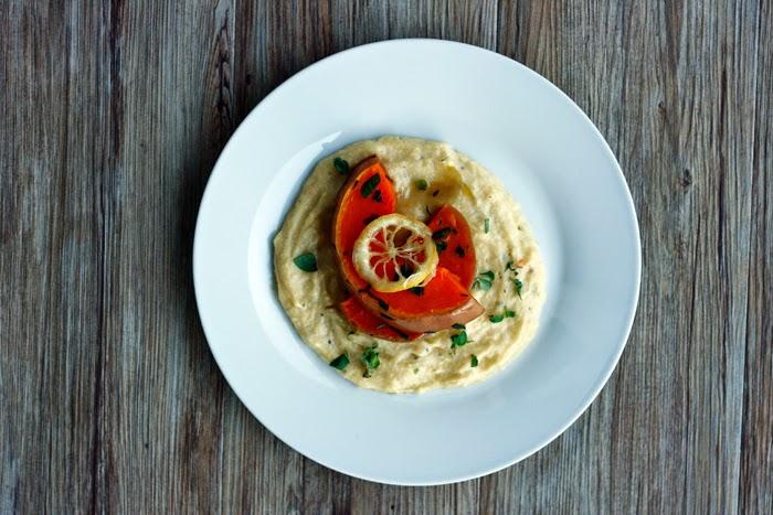 Polenta mit Ofen-Butternusskürbis und frittierter Zitrone