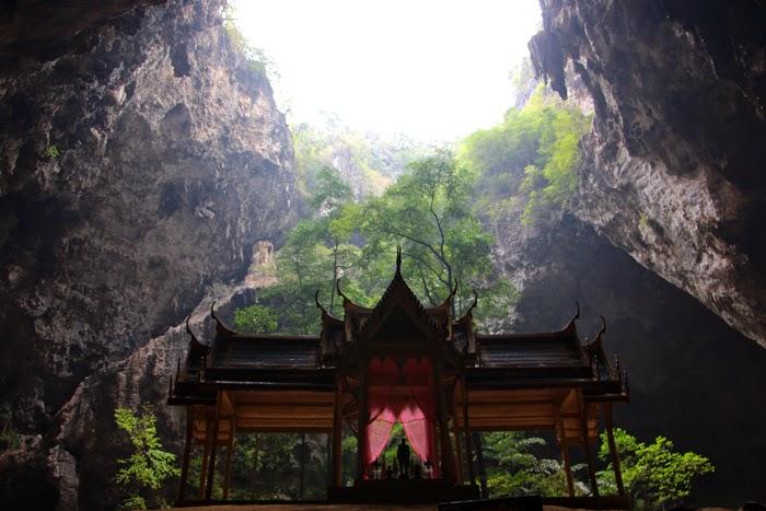 Phraya Nakhon Höhle