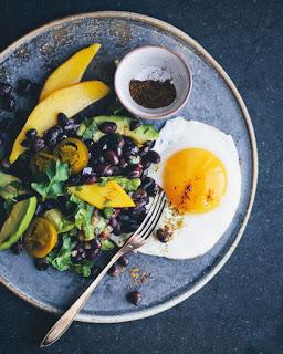 Die grüne Küche auf Reisen - Mexikanischer Frühstückssalat