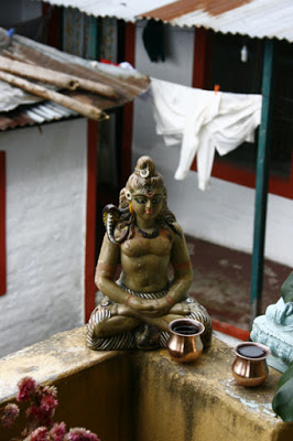 Altar im Guesthouse in Pokhara, Nepal