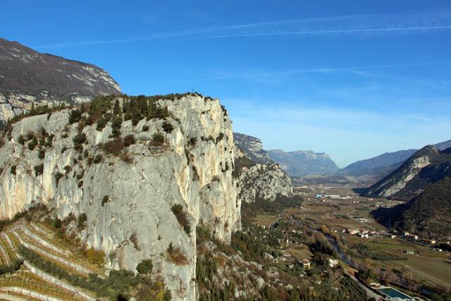 Blick auf das Tal von der Festung in Arco