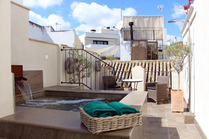 Hotel Corral del Rey in Sevilla - Suite Private Rooftop Pool