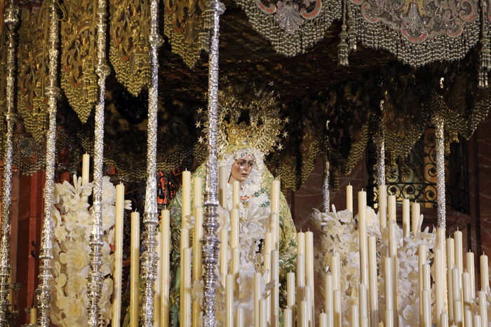 Maria, Macarena in Sevilla