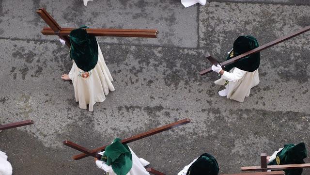 Penitentes - Semana Santa in Sevilla