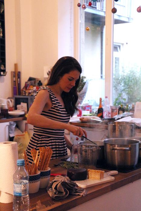 Denise Schuster von foodlovin in action