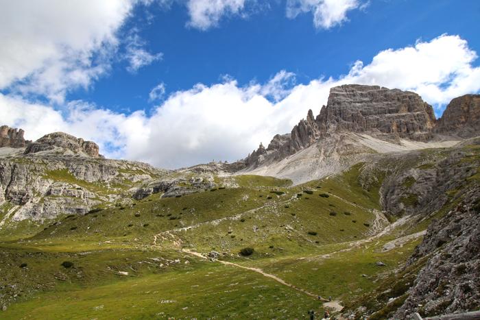 Drei-Zinnen-Rundwanderweg durchs Tal