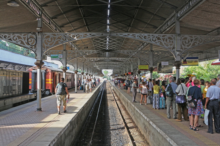 Bahnhof in Kandy, Sri Lanka