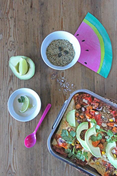 Vegane Enchiladas mit Cashew-Limetten-Sauce