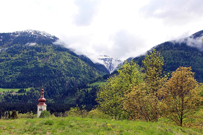 Aussicht Der Daberer auf die Berge im Gailtal