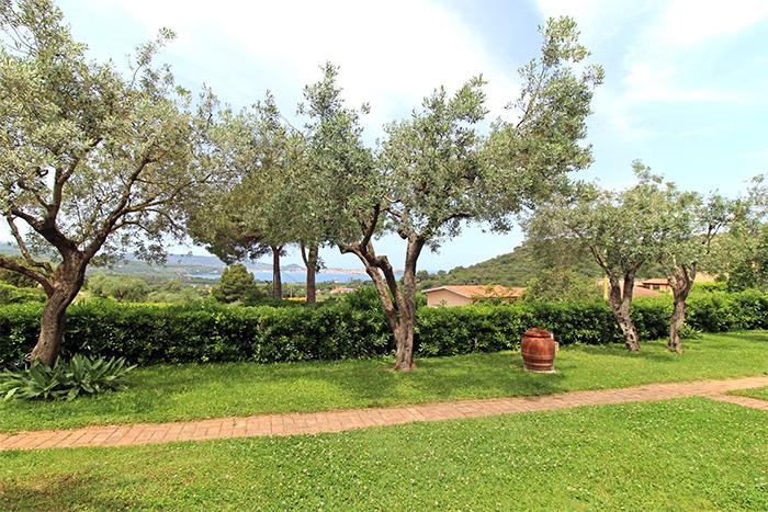 Garten im Hotel Santo Stefano auf Elba