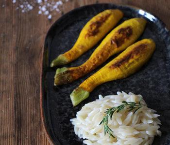 Gelbe Zucchini mit Kritharaki
