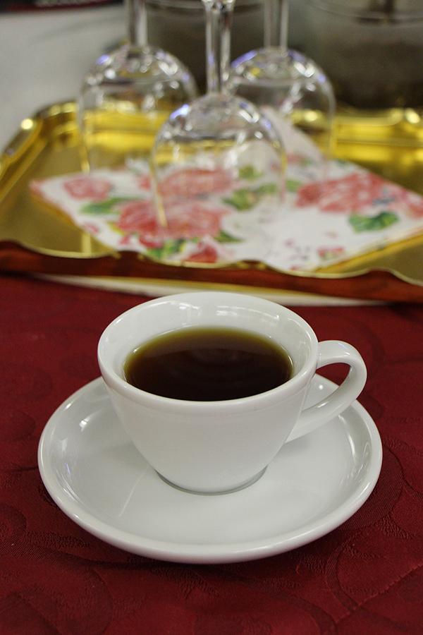 Kaffeekirschen Tee in der Kaffeerösterei Kirmse in Zwiesel