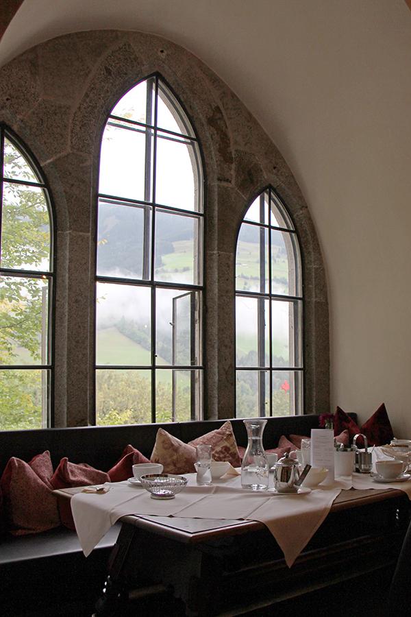 Gotische Fenster im Schloss Mittersill