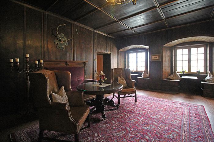 Historischer Flur im Schloss Mittersill