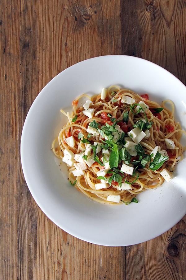 Spagetthi mit Tomatensugo