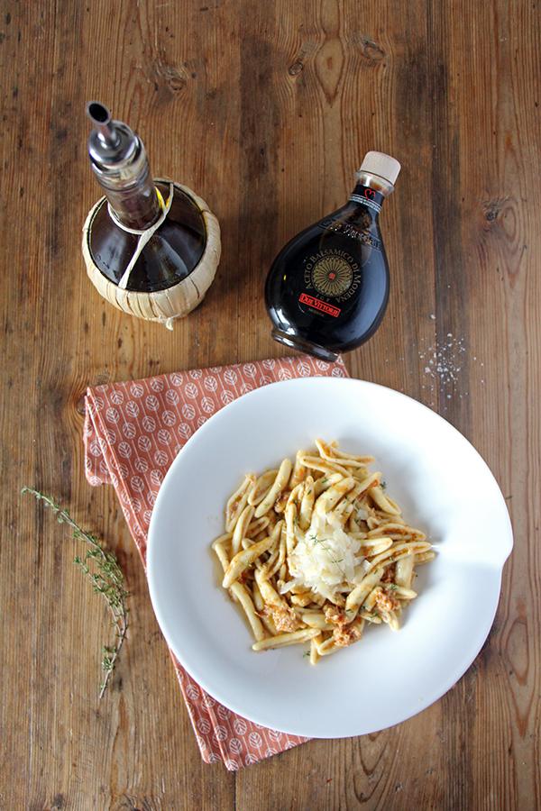 Pasta mit Artischocken-Pesto und Balsamico