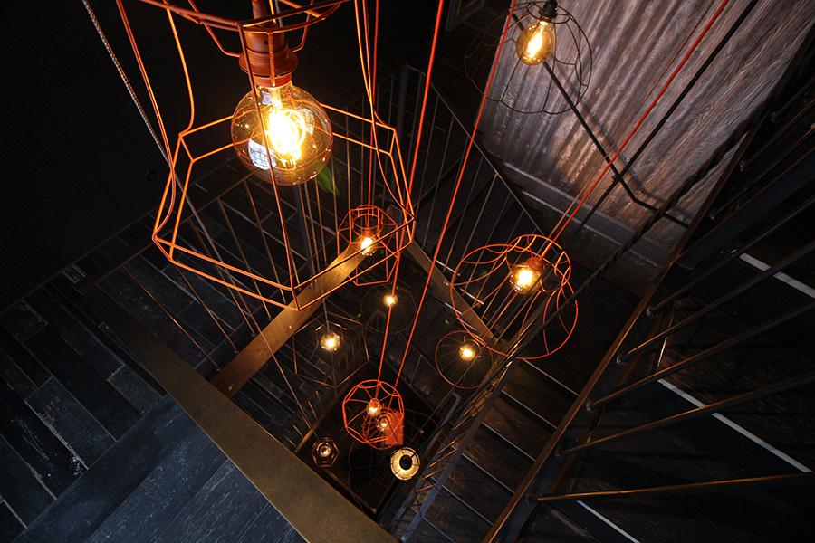 Designlampen im Treppenhaus vom Hotel Sepp, Maria Alm