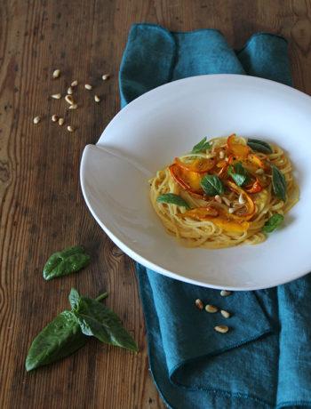 Spagetthi mit Hokkaido-Kürbis und Spinat