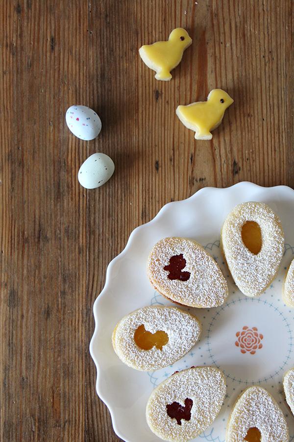 Osterkekse mit Hase und Küken für einen leckeren Osterbrunch