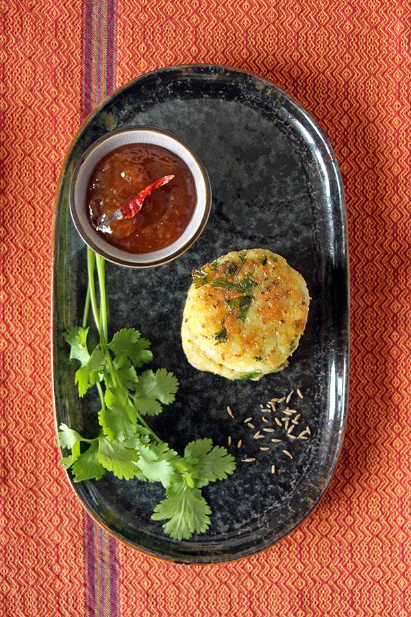 Indisches Streetfood: Aloo Tikki aus Kartoffeln