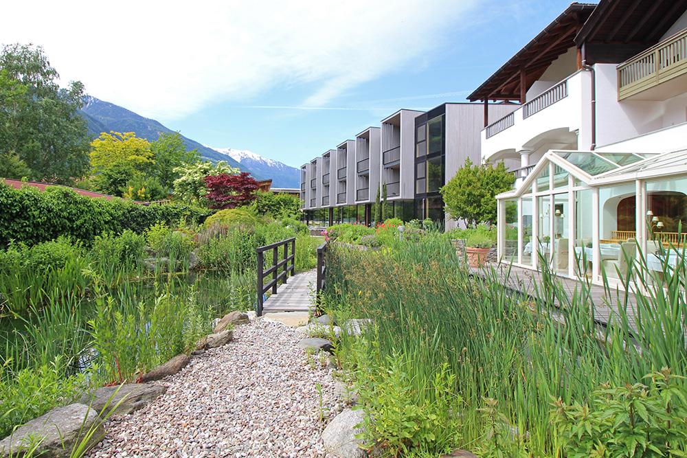 Garten und Wintergarten im Hotel Sand