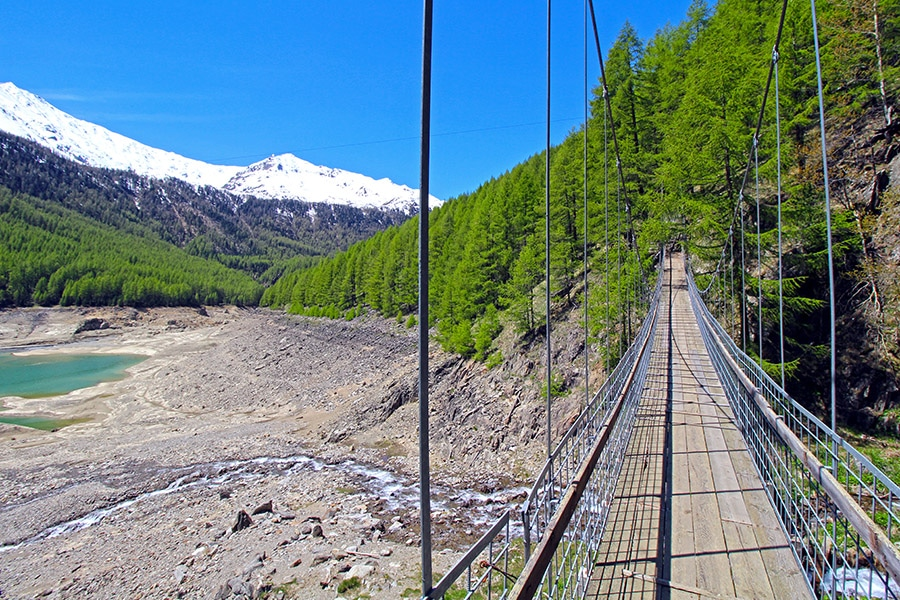 Hängebrücke am Vernagt Stausee