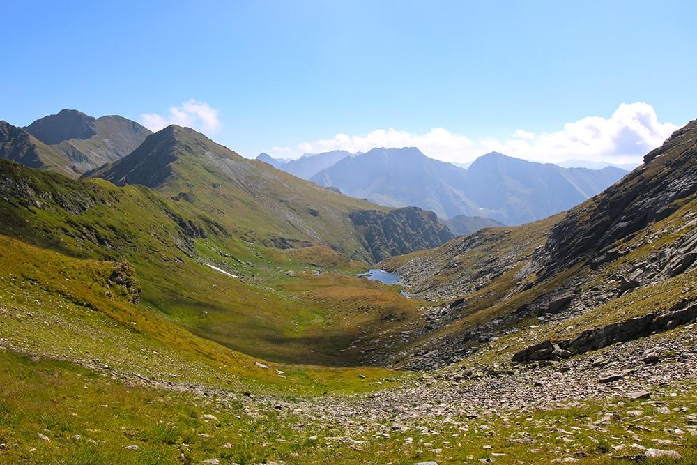 Wanderung in den Karpaten in Rumänien