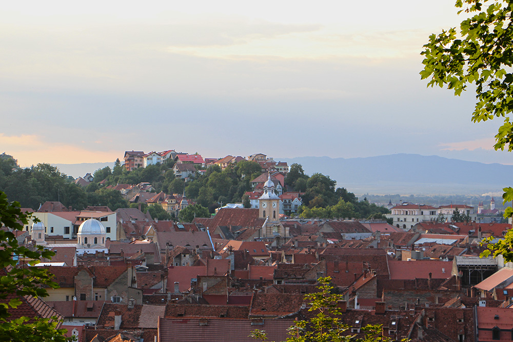 RUMÄNIEN: CITY & VEGGIE GUIDE BRASOV - Transglobal Pan Party
