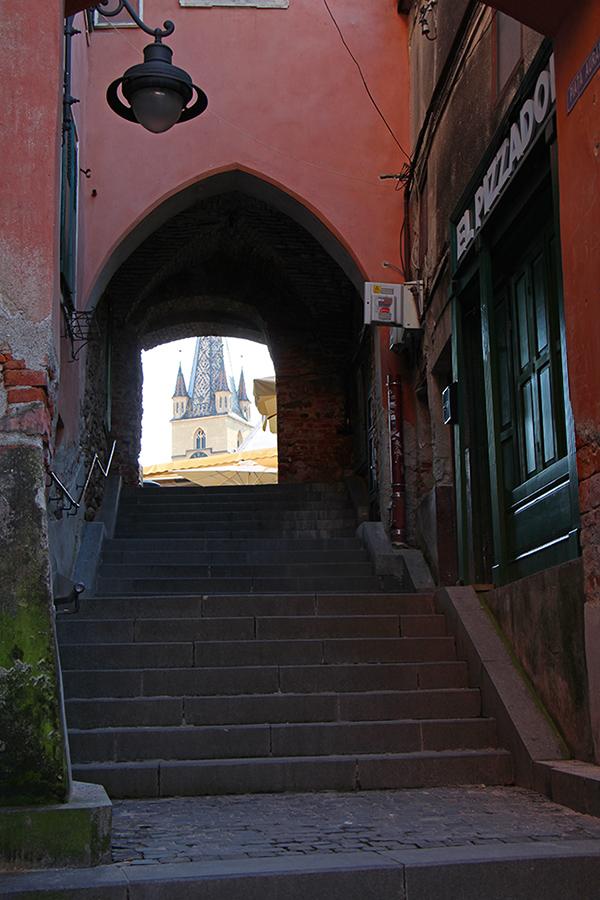 Turnul-Scarii-Aurarilor-Sibiu-Goldschmied-Turm-web