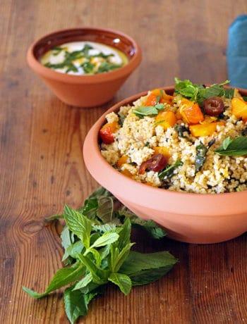 Veganer Couscous-Salat mit Kürbis, marokkanisches Rezept