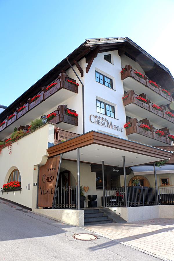 HOTEL CHESA MONTE IN FISS: WANDERN & GENIESSEN