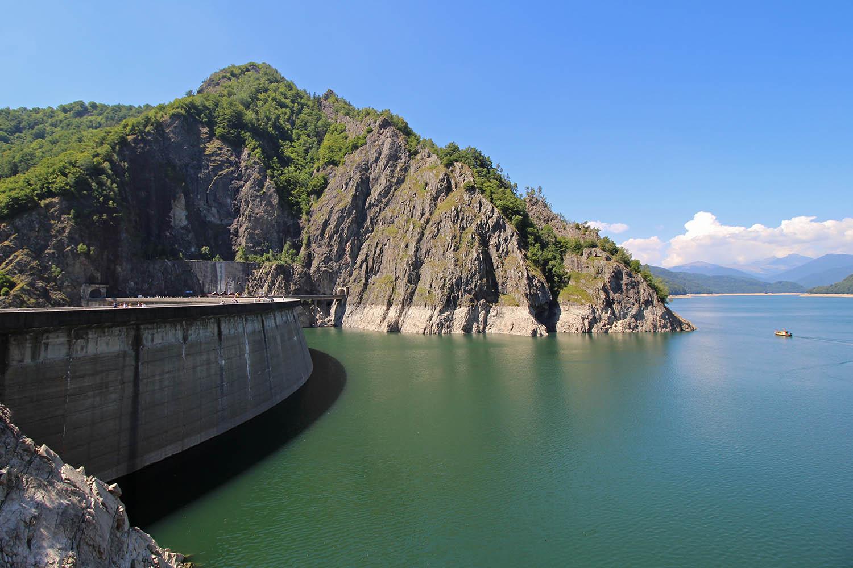 Staudamm-Transfagarasan-Panorama-Strasse-Rumaenien