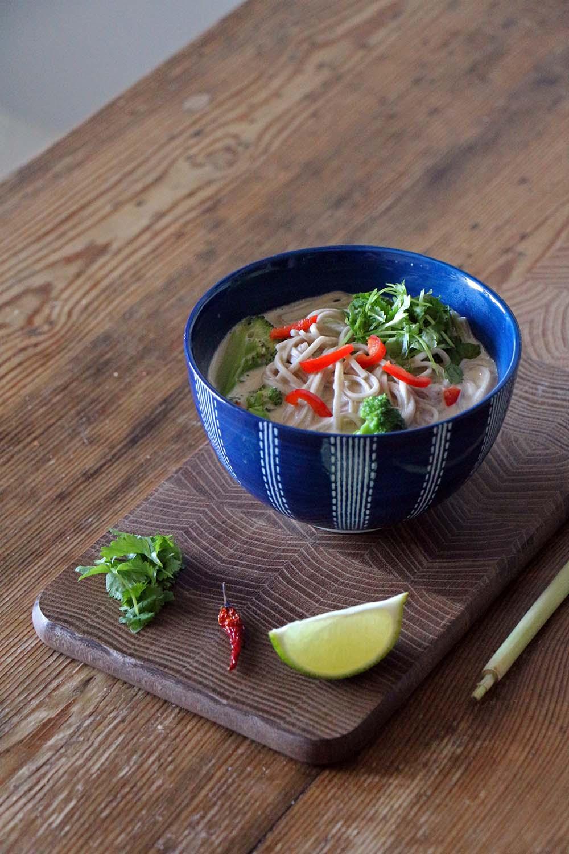 Rezept für thailändische Suppe Tom Kha Gai