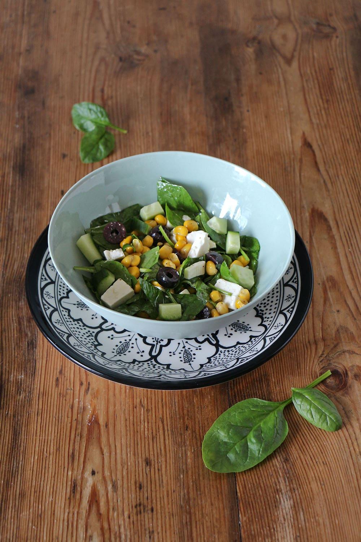 Spinatsalat - einfache Veggie Vorspeise (Rezept)