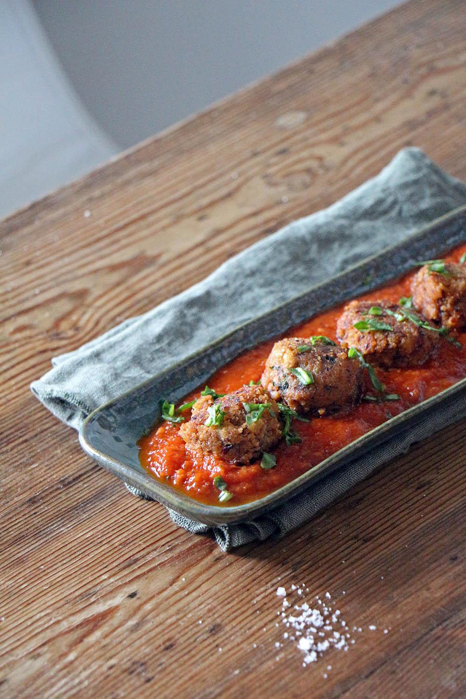 Albondigas in Tomatensauce - spanisches vegetarisches Tapas Rezept