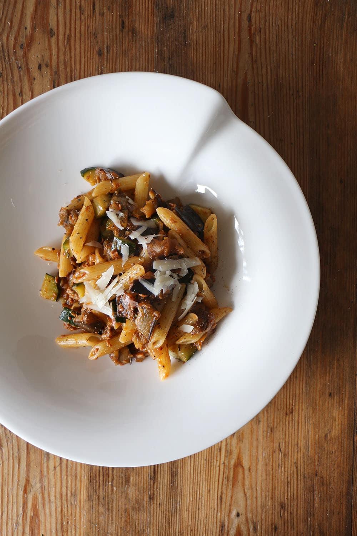 Veggie Pasta al ragu - italienisch vegetarisch