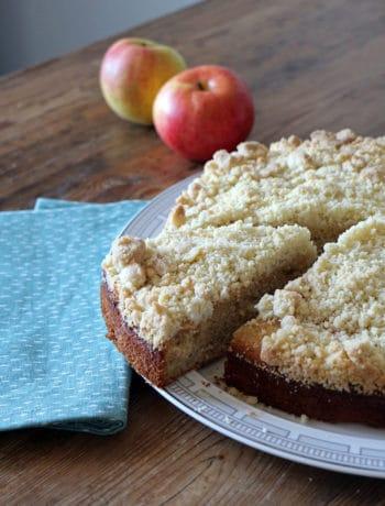 Veganer Apfel-Zimt-Kuchen mit Streuseln